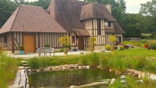 chambre d'hôtes à Deauville vue bassin copie 2
