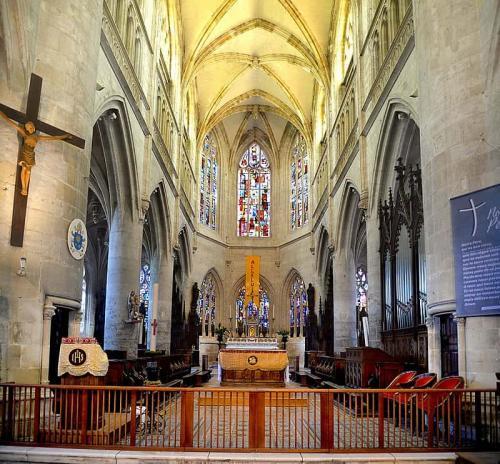 Pont-l'Évêque église Saint-Michel